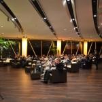 Die Lounge füllt sich - fast 100 Gäste pro Abend